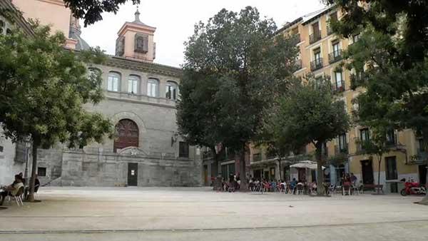 Escuela de Español PLAZA DE LA PAJA 2
